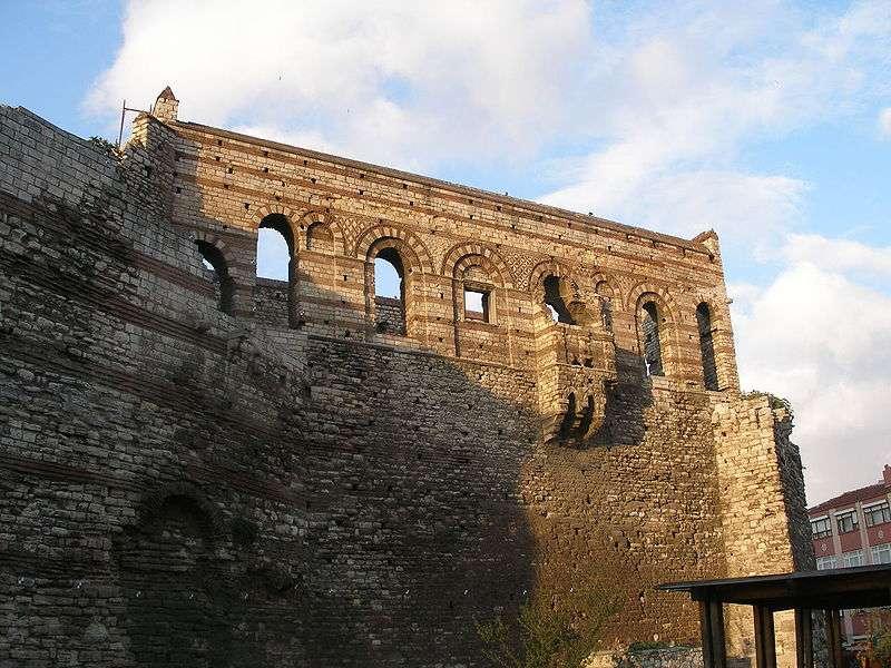 Tekfur Sarayı | İstanbul'da Bulunan Blakernai Saray Kompleksinden Günümüze Kalan Tek Saray